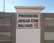 rótulo 50x33 prohibido balones